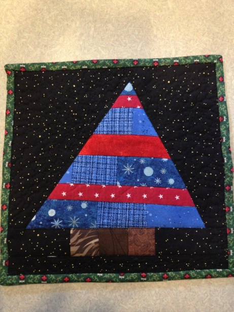 Paper Pieced Christmas Tree Mat